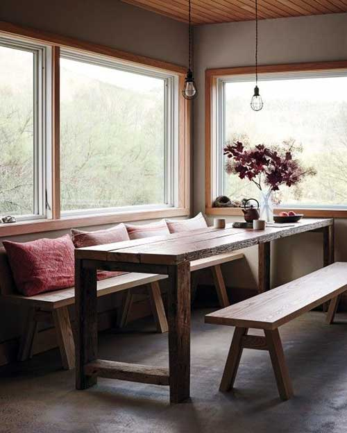 sala de jantar pequena toda de madeira