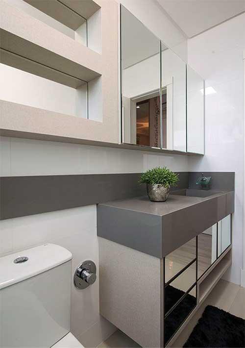 banheiro com bancada em silestone cinza
