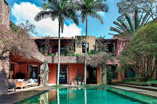 casa com piscina decorada por felipe diniz