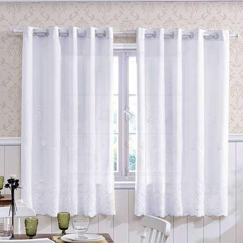 cortina para cozinha branca e simples em renda