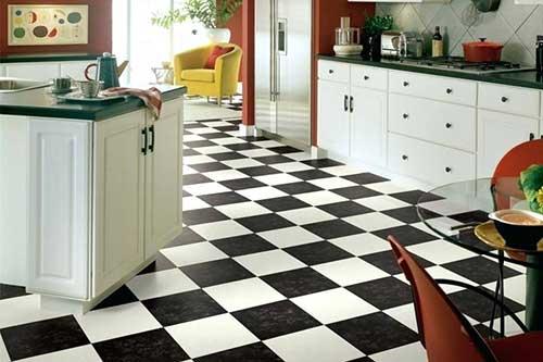 piso classico em cozinhas com decoracao antiga