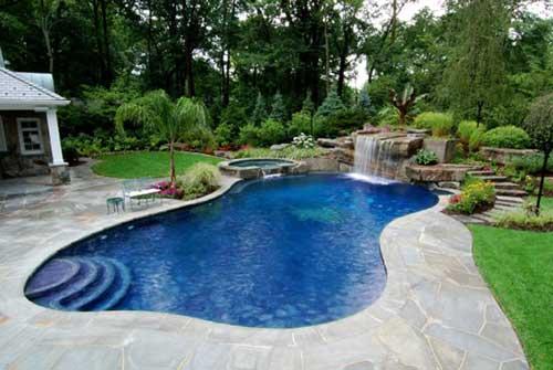 paisagismo de quintais com piscina e jardim