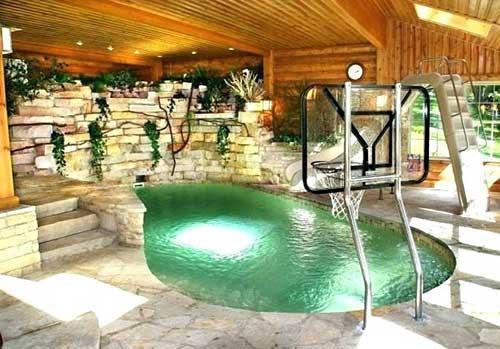 piscina grande no quintal com aquecimento eletrico