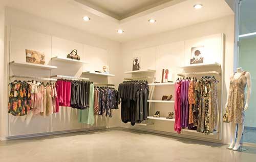 dicas para decorar loja de roupa feminina pequena