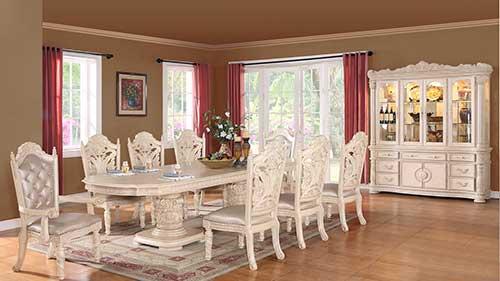 sala de jantar em madeira reformada e pintada de branco