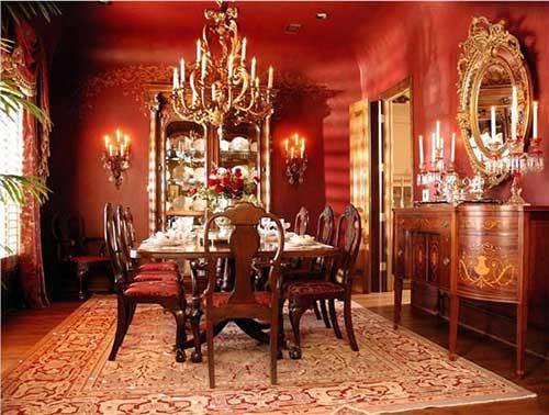 sala de jantar antiga vitoriana com paredes vermelhas
