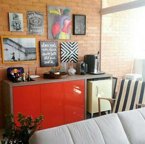 imagem de barzinho para sala de estar com pouco espaço