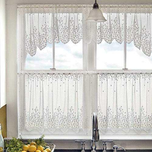 cortina branca em richalieu pra cozinha