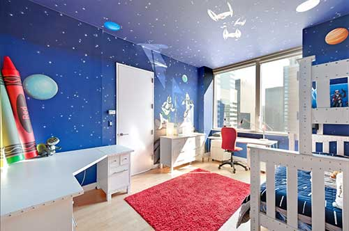 quarto azul com cores claras do star wars