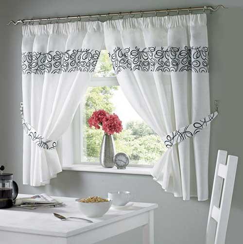 cortina branca com blecaute para cozinha