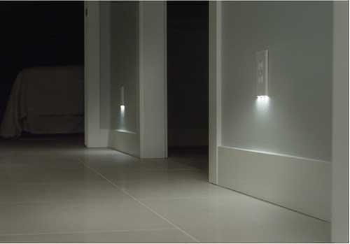 luzes led para tomada pra iluminar corredor