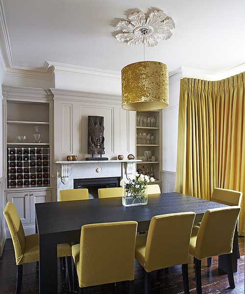 foto de sala de jantar amarela e branca
