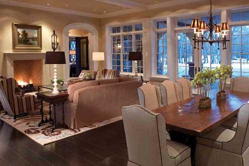 sala de estar e jantar integradas na casa de campo com decoracao rustica