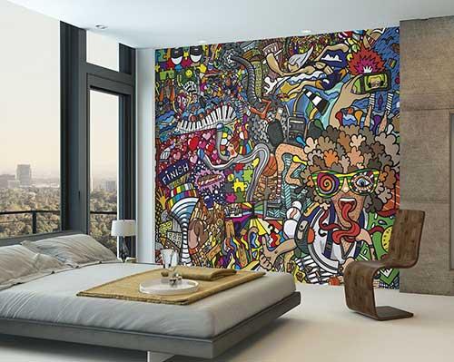 imagem de quarto marrom com grafite colorido
