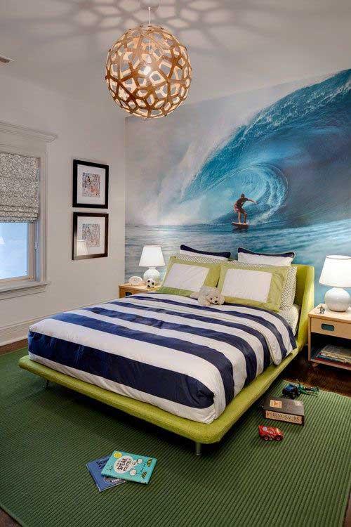 imagem de quarto surfista com papel de parede