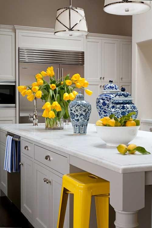 imagem de objetos para decorar a cozinha nas cores azul e rosa