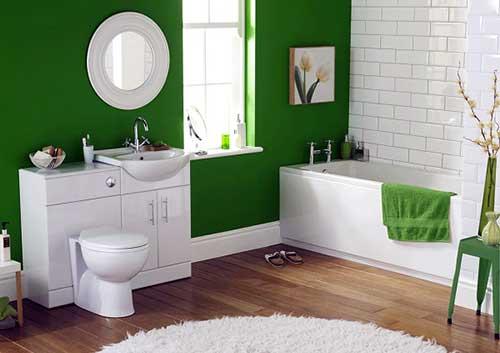foto de banheiro pequeno com parede verde e pastilha branca