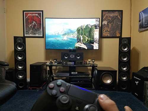 imagem de quarto masculino gamer