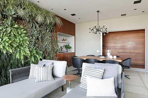 foto de sala de jantar conjugada com a sala de estar planejada