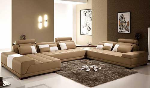 sala de estar com diferentes tons de marrom
