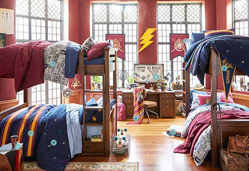 quarto nerd para irmaos decorado com tema harry potter