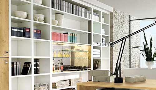 imagem de decoracao para escritorio comercial com pouco espaço