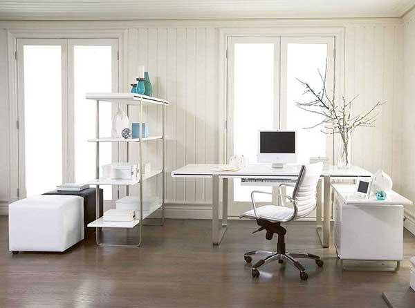 combine a cadeira com o resto da mobília do seu escritório em casa