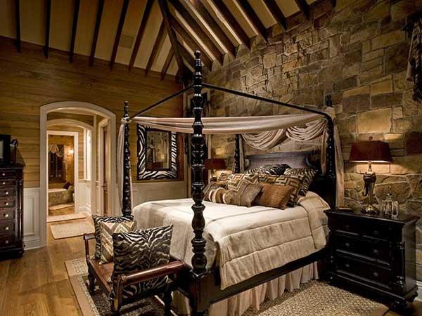 outra forma de fazer um ambiente rústico é combinar a decoração em madeira com uma parede de pedra