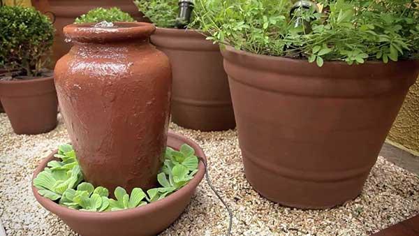 vasos de barro - perfeitos pro jardim com pedras